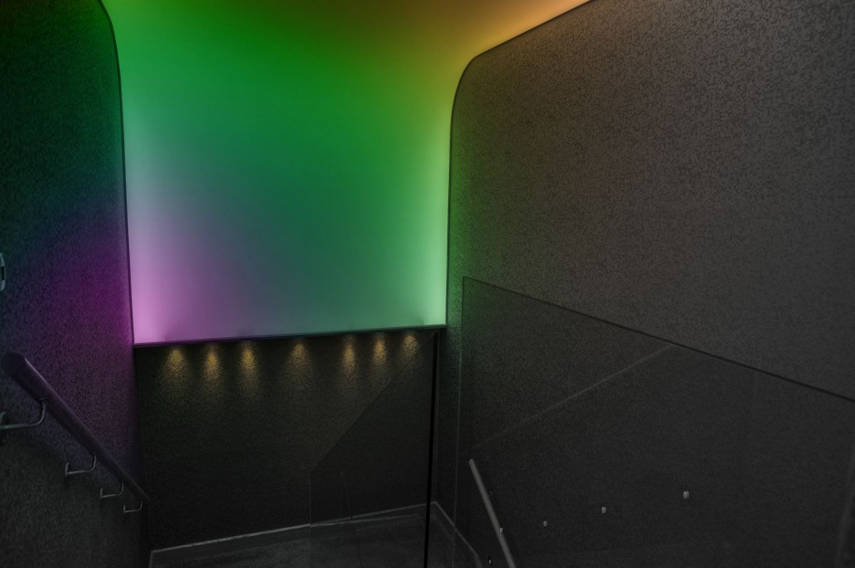 Pulse-Staircase-coloured